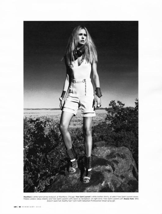 Modelul Raquel Zimmermann fotografiata de Mario Sorrenti pentru revista W